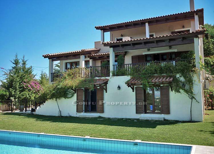 House for sale in Pikoulatika, Corfu