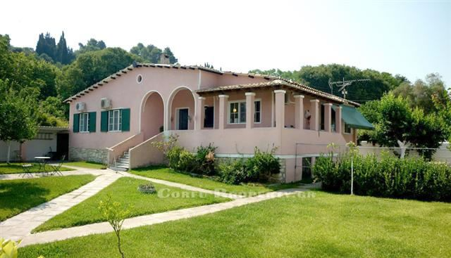House for sale in Kanoni Corfu