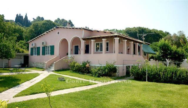 House for sale in Kanoni Corfu