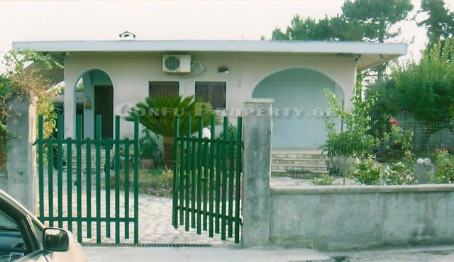 One storey house of 80 m2 in the center of Agios Georgios Argirades, South West of Corfu
