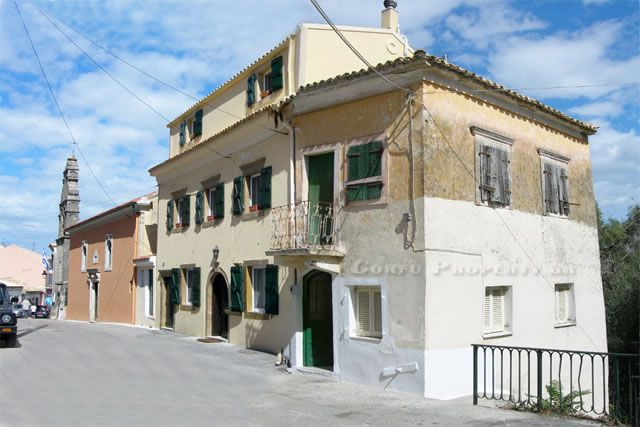 For Sale: Traditional village property in the village of Sinarades, Central Corfu.
