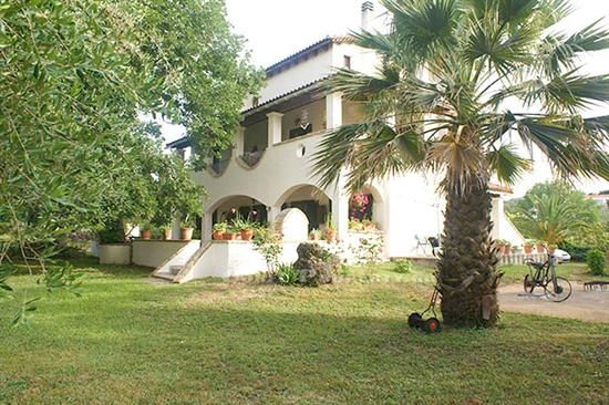 For Sale house near to Gouvia, Central Corfu